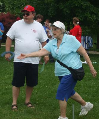 Dot Dugan giving it her all in Horseshoes!